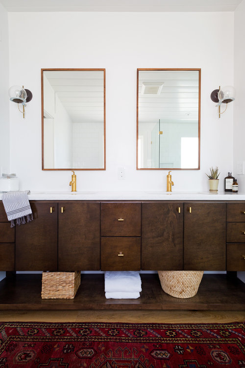 Mid Century modern neutral bathroom