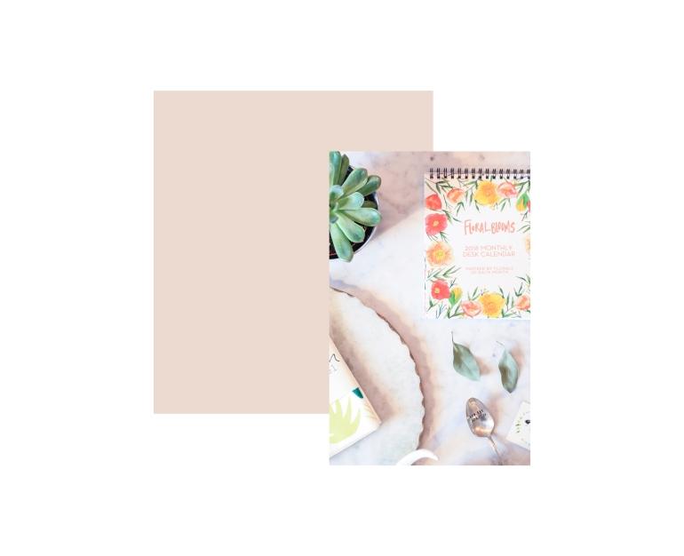 The Paper Craft Pantry: Gift Card & 2018 Desk Calendar