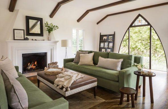 Spanish-Modern-Living-Room.jpg