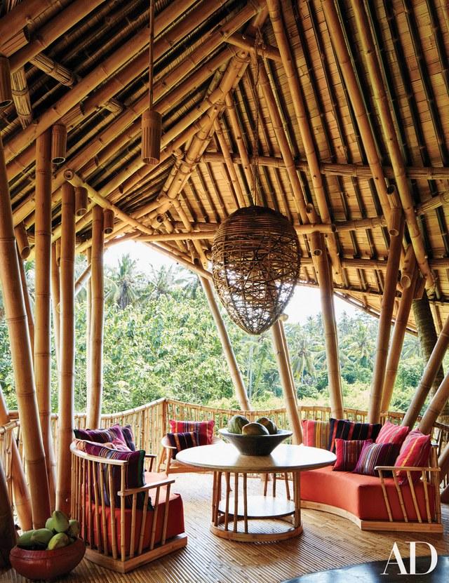 Bamboo Lounge