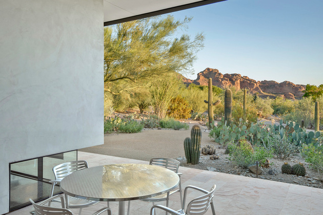 modern-desert-home-steven-holl-back-deck-2-thumb-630xauto-58469