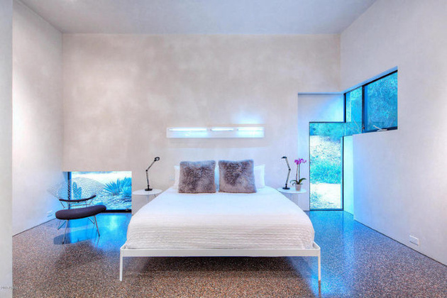 modern-desert-home-steven-holl-bed-thumb-630xauto-58479
