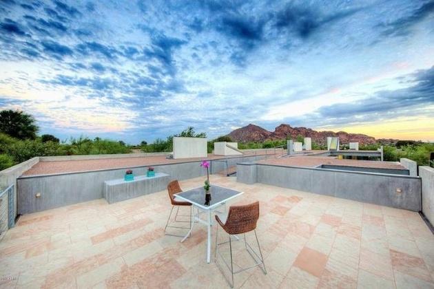 modern-desert-home-steven-holl-top-deck-thumb-630xauto-58487.jpg