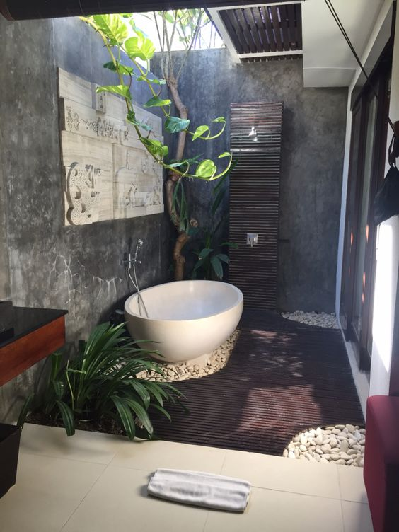 Sophisticated Jungle Bath