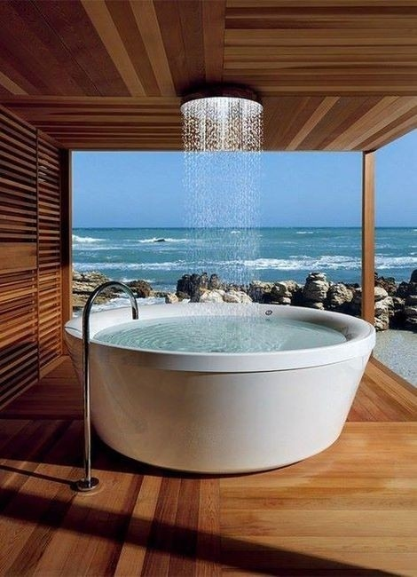 Oceanside Tub + Rain Shower