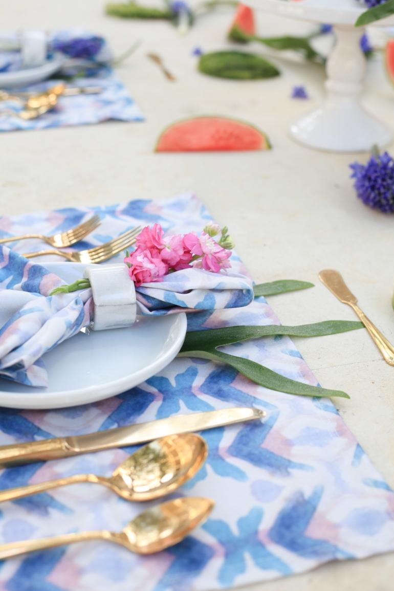 Merlo Table Setting