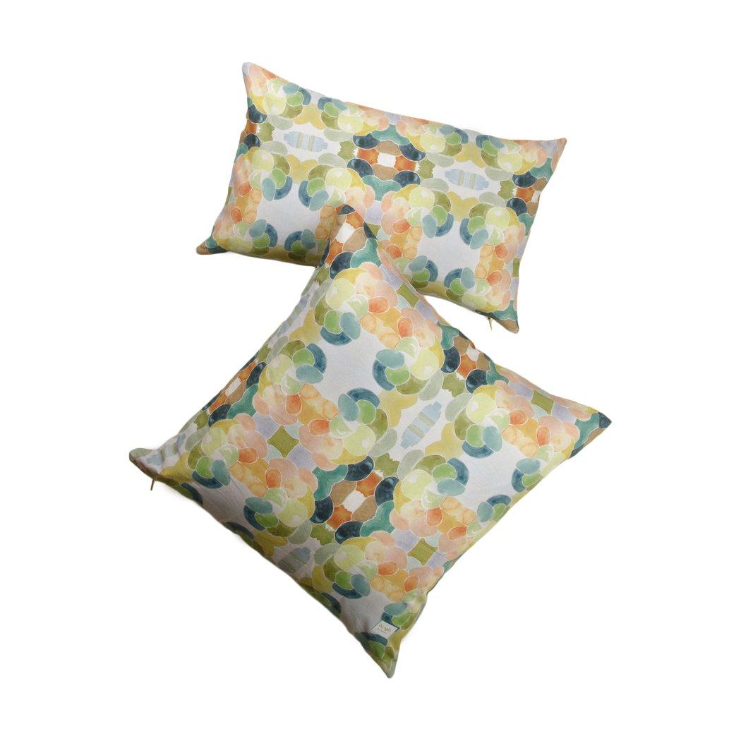 Vista Modern Pillows