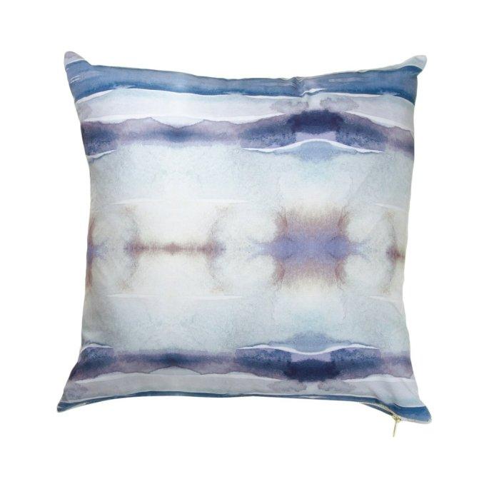 Port au Prince Modern Pillow