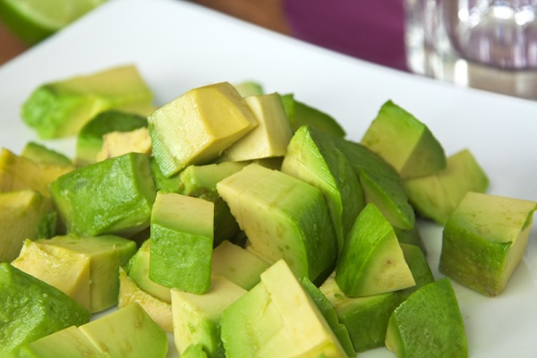 038-Avocado-Chunks-Web